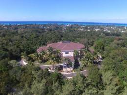Lyford Cay, Lyford Cay
