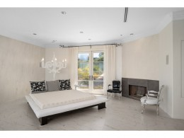 Beverly Hills Iconic 5 Bed Mulholland Home