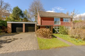 Scotlands Close, Haslemere, Surrey, GU27, Haslemere, South East England