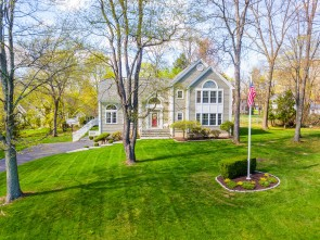 Stunning Spacious Colonial