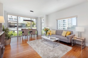 Sensational Condominium In Mission Bay