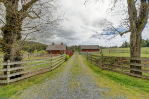 5797 Oldfield Rd, Canada